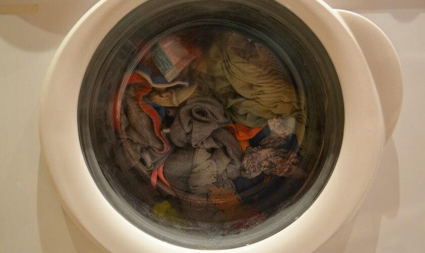 Cómo dejar de arruinar tu ropa. ¡No cometas estos errores!