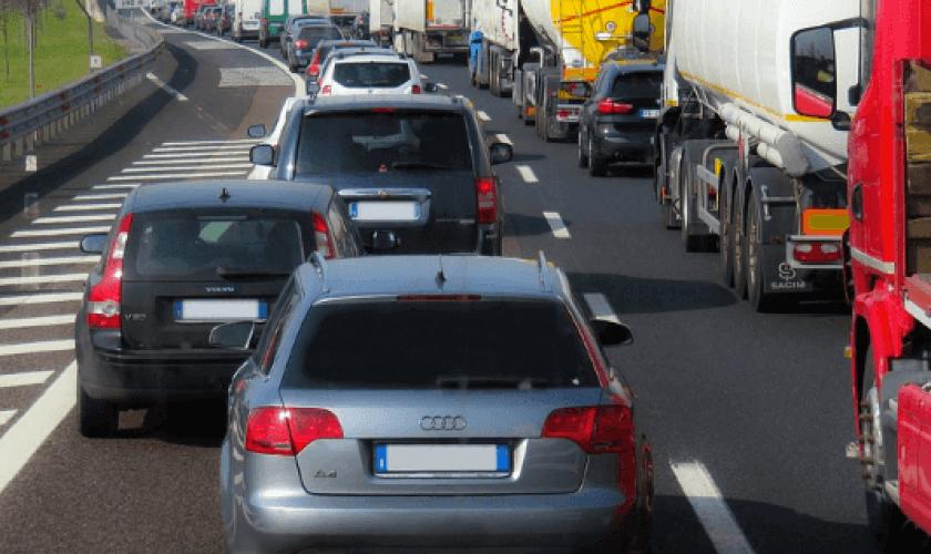 Diésel o gasolina, ¿cuál contamina menos?