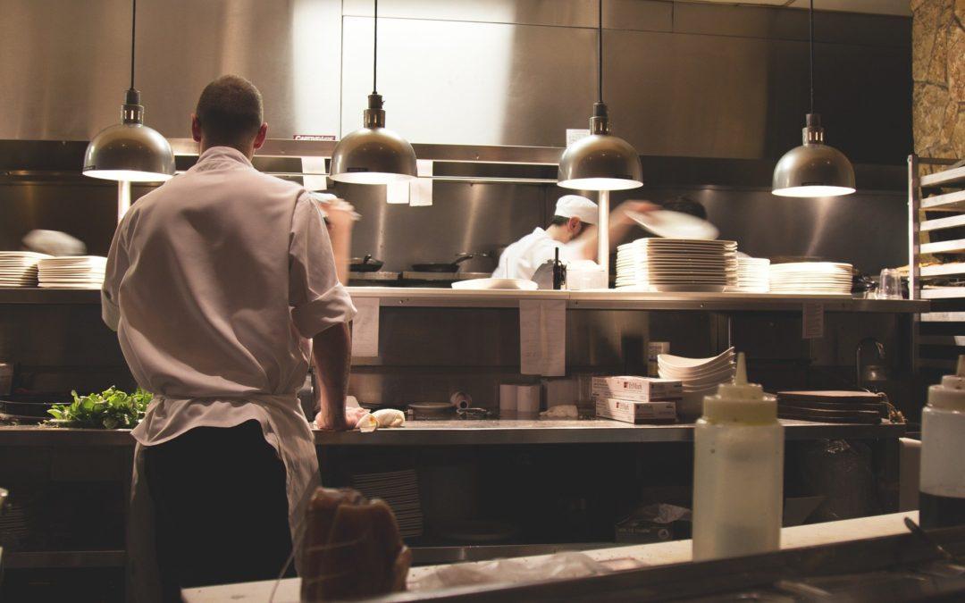 Maquinaria industrial que necesitas en tu restaurante